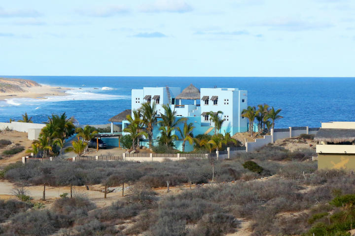 Surf properties East Cape