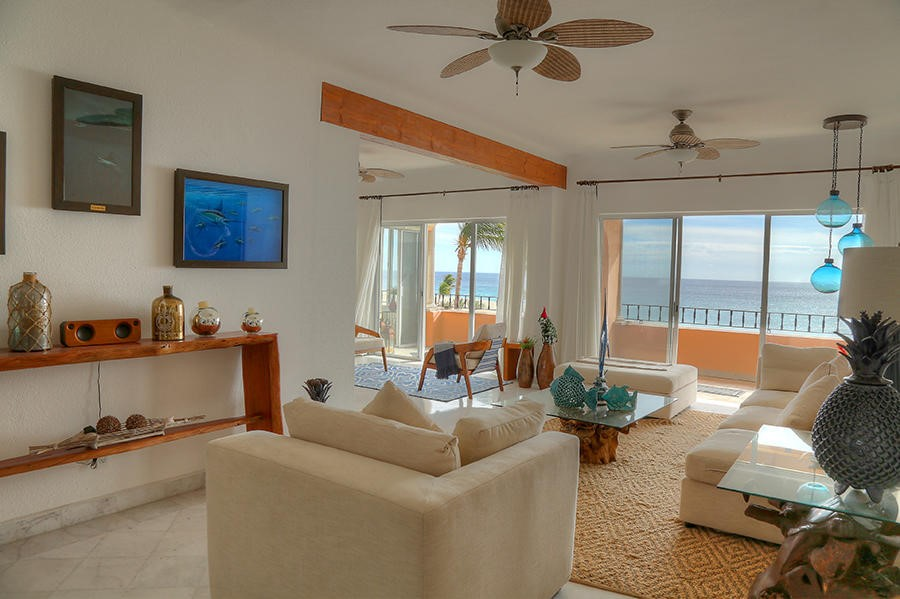 Beachfront Condo w/ Tennis Court and Gym, San Jose del Cabo